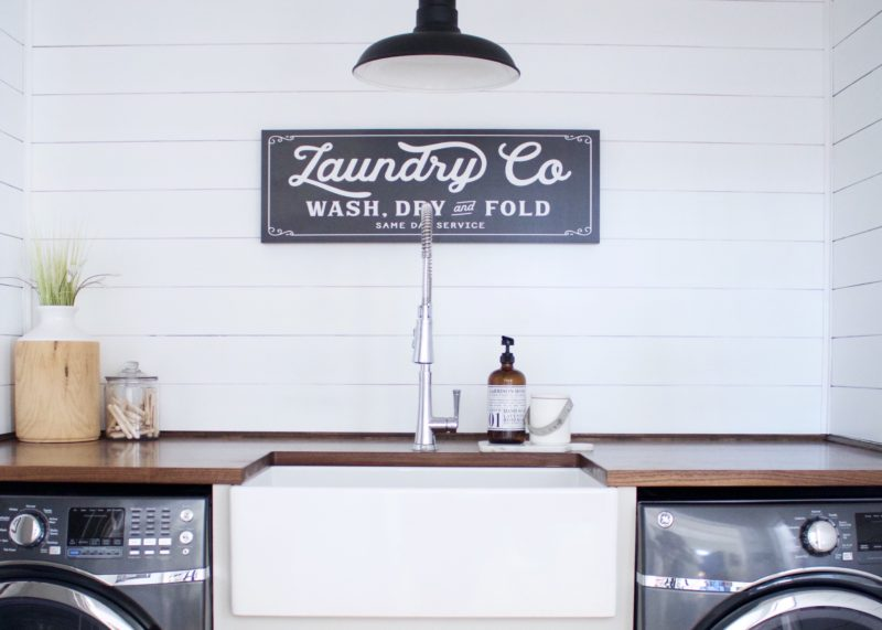 Laundry Room Makeover⎟Before & After